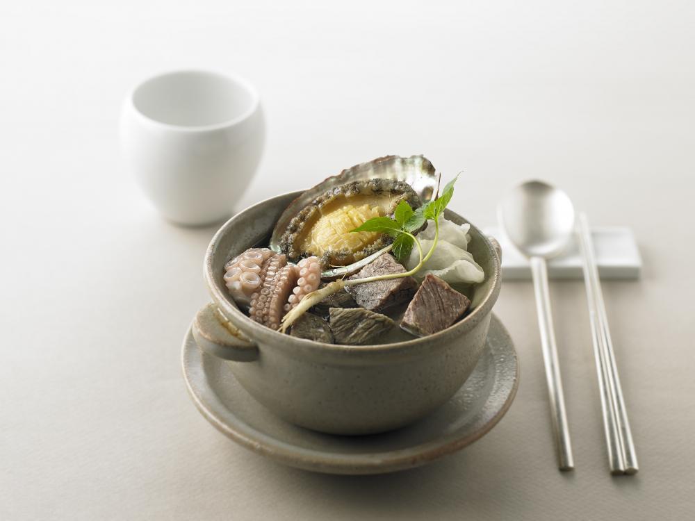 La Yeon 羅宴