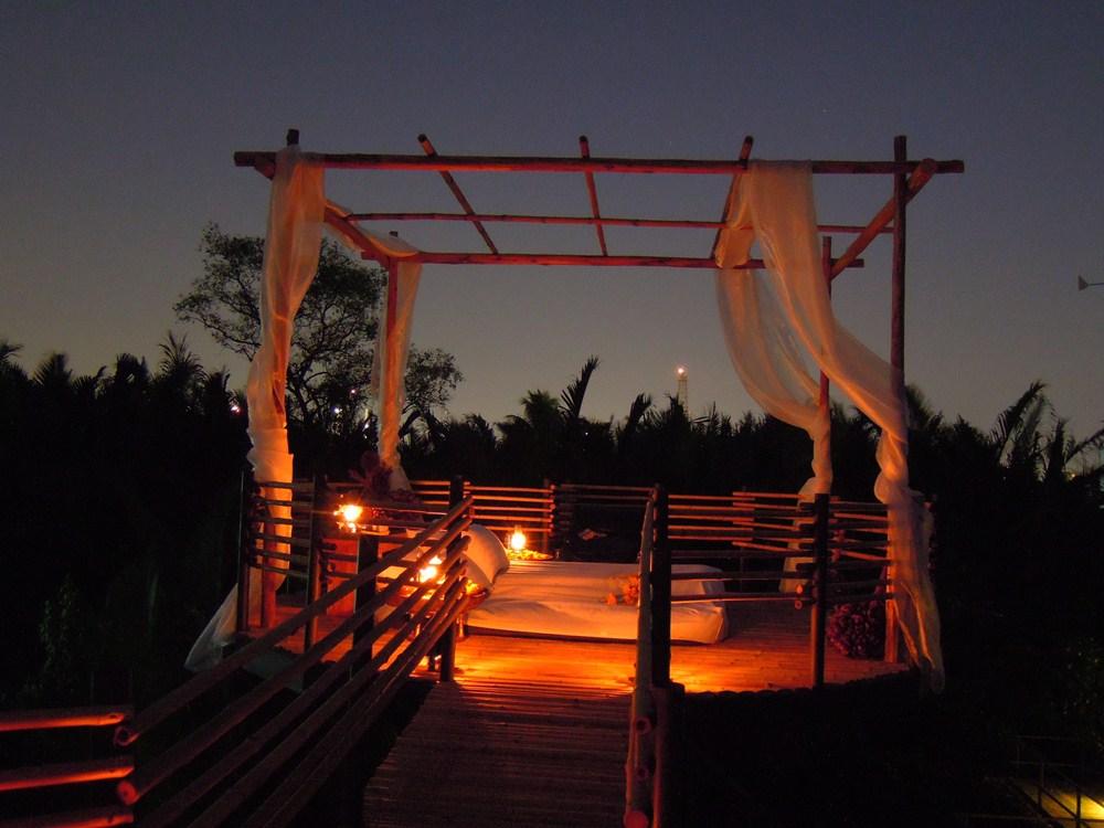 來去樹屋睡一晚,曼谷小島上賞星星