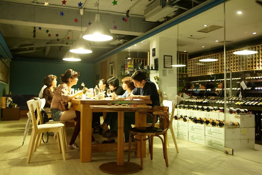 台北心世紀精選葡萄酒