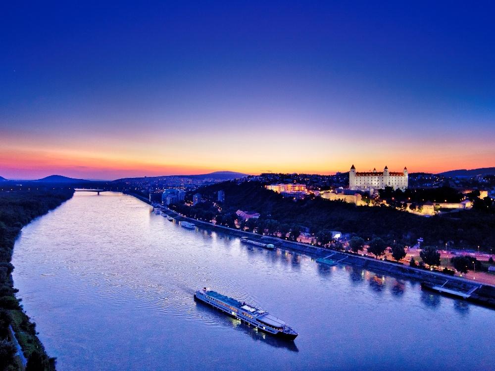 斯伐洛克/匈牙利/奧地利/邊界/多瑙河畔