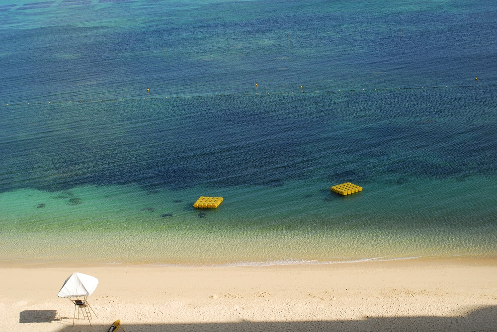 清澈海水/沙灘/沖繩/日本