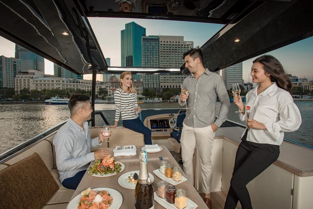 西貢萬韻酒店/遊艇/香檳/野餐/西貢河/西貢/胡志明市/越南