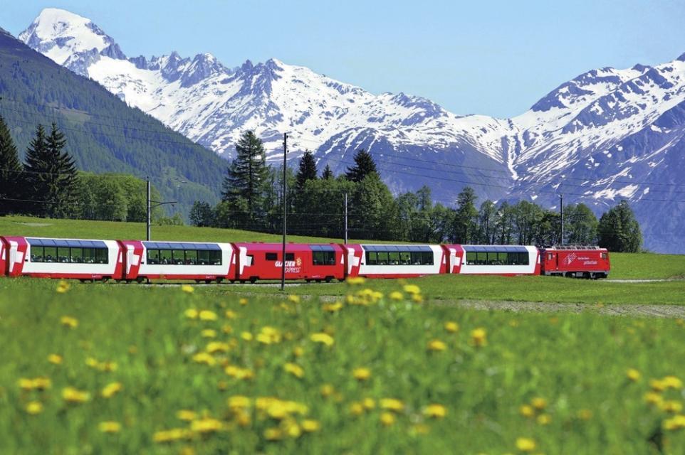 搭火車,遊獵世界絕景